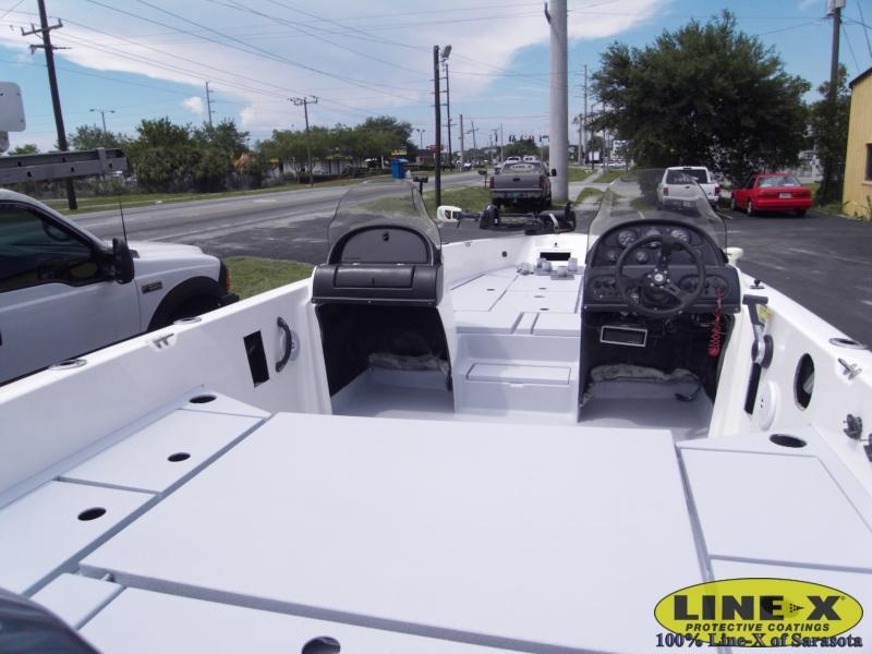boats_fiberglass_line-x00124