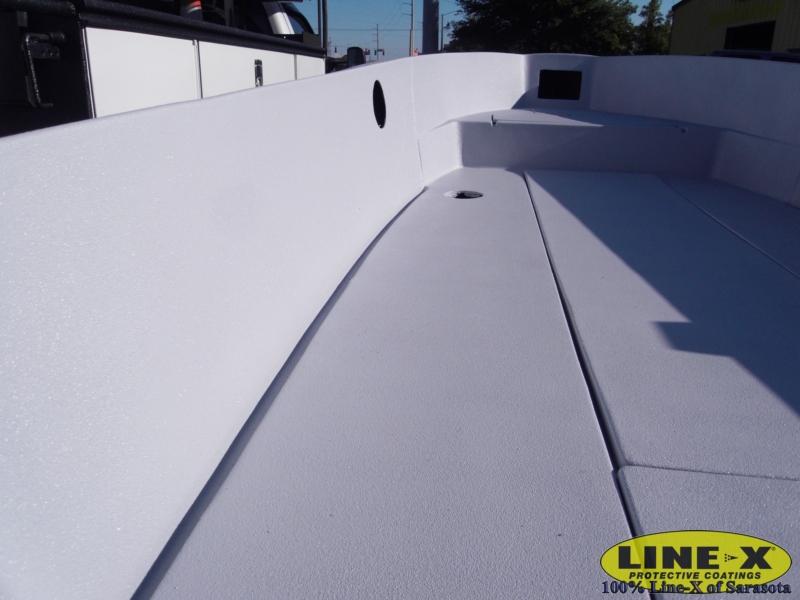boats_fiberglass_line-x00140