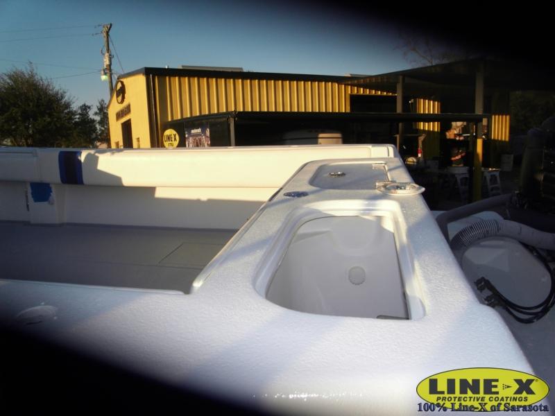 boats_fiberglass_line-x00244